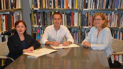 Santanyí y Es Baluard firman un acuerdo para colaborar en la de figura Fabrizio Plessi y su relación con Mallorca