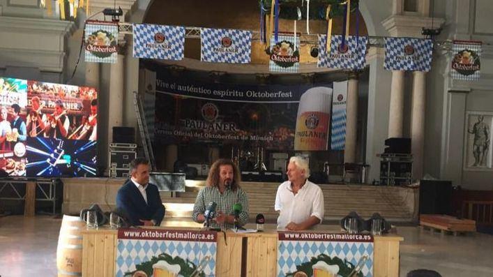 La Oktoberfest llega al Pueblo Español con 50.000 litros de cerveza