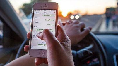 La DGT plantea subir de 3 a 6 puntos la sanción por el uso del móvil