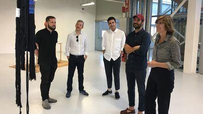Un centro de Murcia acoge la exposición del artista Julià Panadès