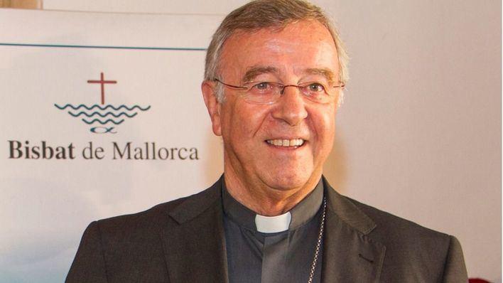 El Obispo defiende que la renta al expárroco condenado por pederastia