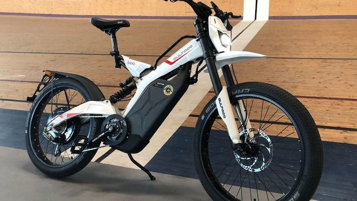 El Palma Arena adquiere su primera moto para entrenamientos de pista