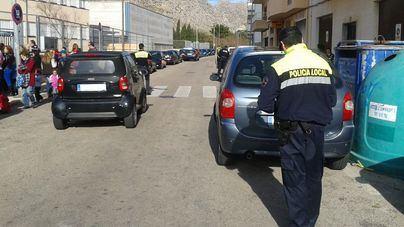 Denuncian la 'permisividad' de Cort y piden más multas de tráfico