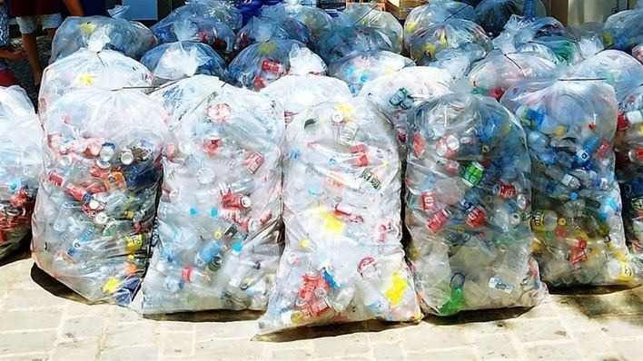 El reciclaje de los envases enfrenta a Més y Podem