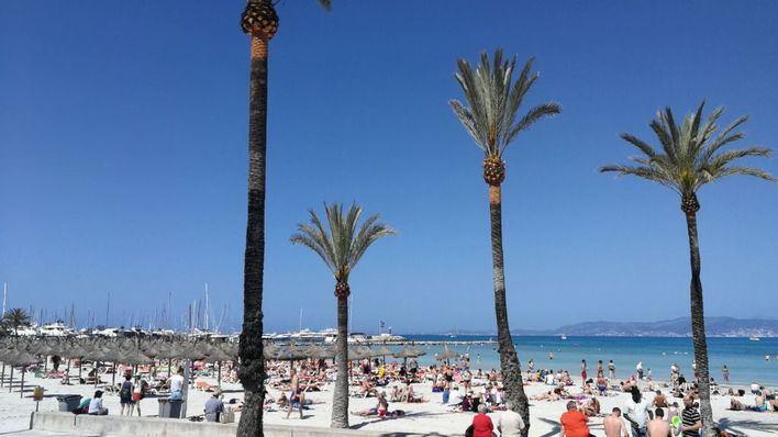 Cielo poco nuboso y viento flojo en Balears este sábado
