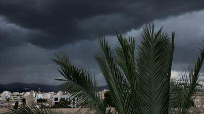 Tormentas, granizo y descenso de temperaturas este lunes en Mallorca