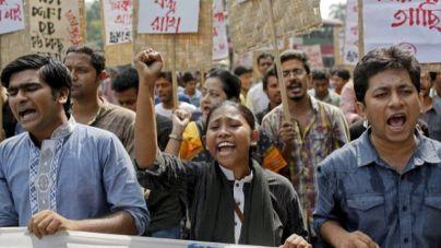 Un tribunal de Bangladesh condena a muerte a 19 personas por el atentado de 2004