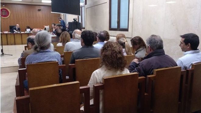 12 controladores más admiten un delito de abandono y aceptan una multa de 15.000 euros cada uno