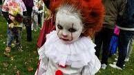Disfrazar de Pennywise a los niños, tendencia terrorífica en Halloween