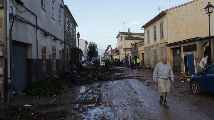 Los bomberos desalojan tres viviendas inseguras en s'Illot