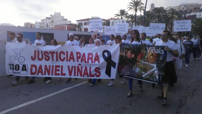 600 personas reclaman en Ibiza endurecer las penas para los conductores
