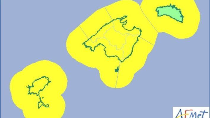 Declarada la alerta amarilla para el domingo noche por lluvias y tormentas en Balears