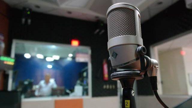 El Constitucional estudiará si las radios deben pagar por retransmitir el fútbol