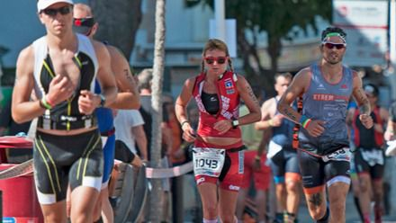 1.200 triatletas participan este sábado en la Challenge Peguera Mallorca