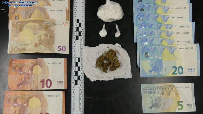 Dos detenidos en Manacor después de que el olor a marihuana de su coche les delatase