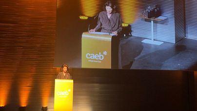 La presidenta de CAEB, Carmen planas, en el discurso de apertura de la gala