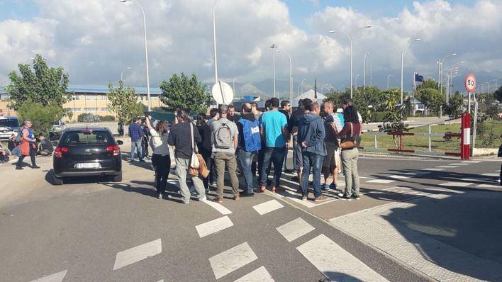 Primer día de huelga de los seis previstos por los funcionarios de prisiones