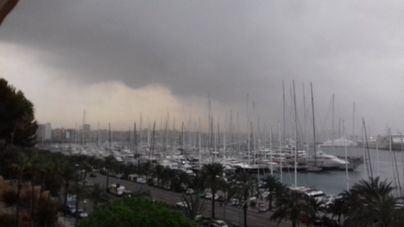 Las lluvias y tormentas provocan 27 incidentes este sábado en Baleares