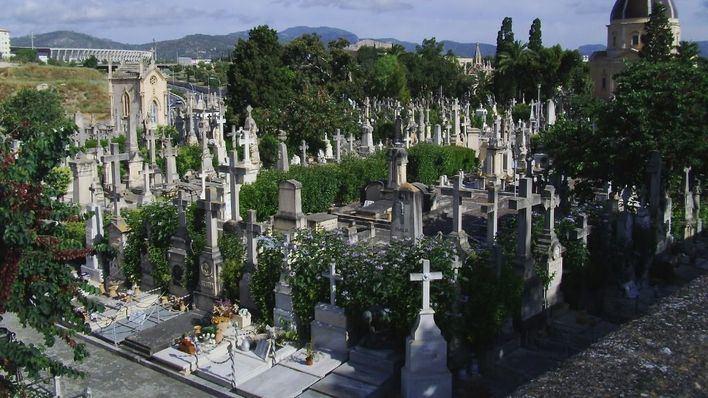 Bus lanzadera, aparcamientos y ampliación del horario del cementerio de Palma por Tots Sants