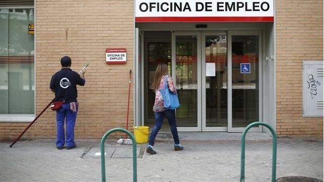 El paro baja el 2,29 por ciento en octubre en Baleares y se sitúa en 50.217 desempleados