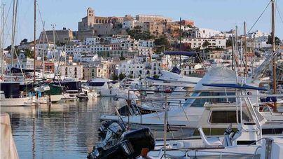 Los hoteleros de Ibiza se enfrentan al Govern en Londres por la ecotasa