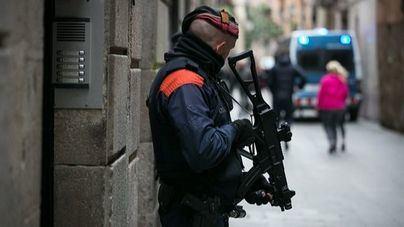 Detenido un francotirador que planeaba matar a Sánchez por la exhumación de Franco