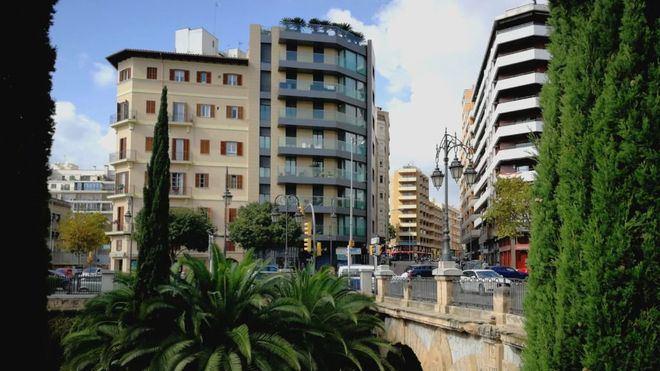 Las casas nuevas de Balears se encarecen un uno por cien, las antiguas bajan un 33