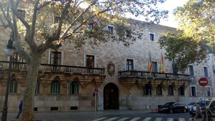 Un padre de Mallorca acepta seis meses de alejamiento de sus hijas por darles 'una colleja'