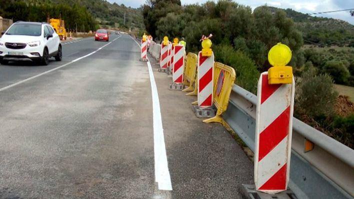 Tres carreteras continúan afectadas un mes después de la riada del Llevant