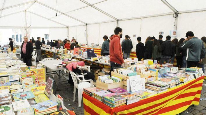 Denuncian que no se celebre la Fira des Llibre Menorquí, pero sí la Fira del Llibre en català