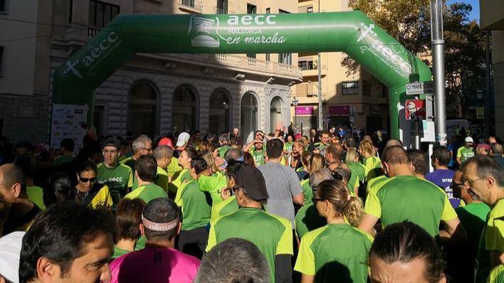 La IV Carrera contra el Cáncer espera superar este domingo los 3.000 participantes