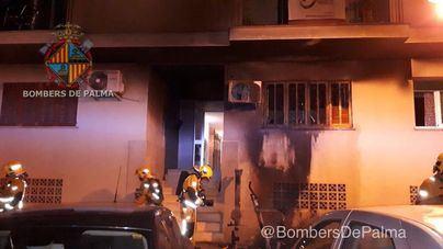 Tres heridas y un edificio desalojado por un incendio en Marratxí