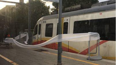 Indignación entre los usuarios por una nueva avería en el tren eléctrico de sa Pobla a Palma