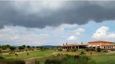Nubes y chubascos en Mallorca este viernes