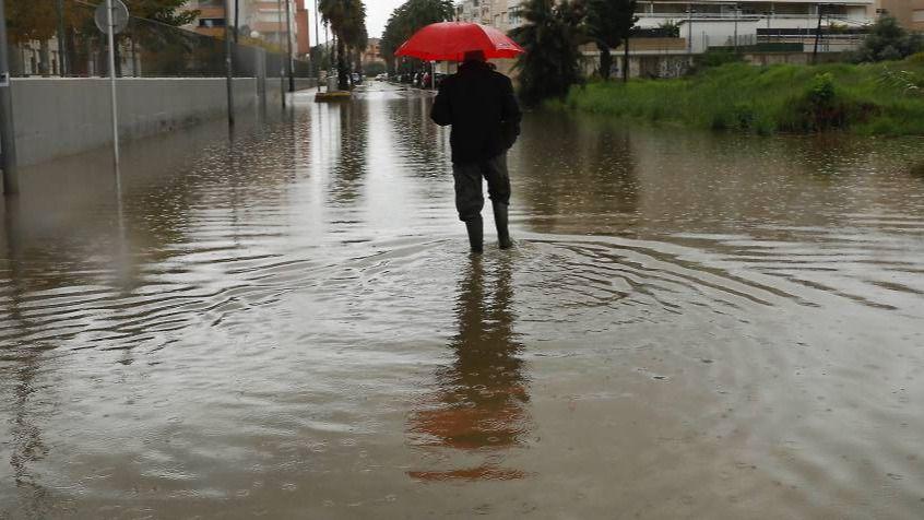 La Aemet declara la alerta naranja para este lunes en Baleares por lluvias de 50 litros en una hora