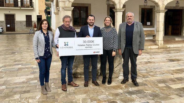La Asociación Hotelera de Palma ayuda a 100 familias damnificadas por la riada de Llevant con 30.000 euros