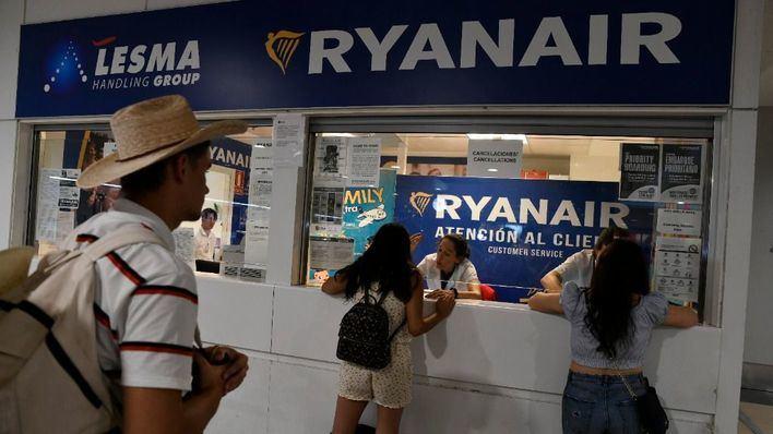 Ryanair deberá pagar entre 250 y 600 euros a los afectados por las huelgas de su personal