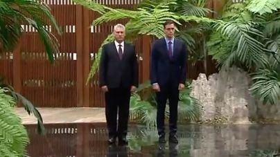 El apoyo a empresas y la cooperación cultural centran el último día de Sánchez en Cuba