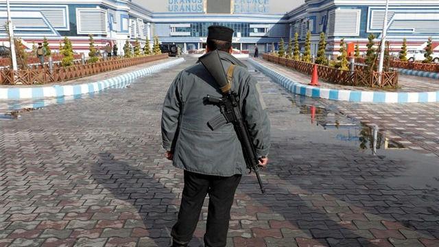Al menos 26 muertos en una explosión en una mezquita de Afganistán