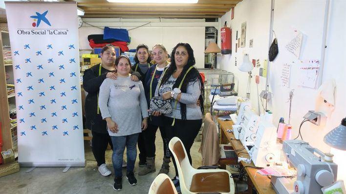 La Caixa y Deixalles, juntos en un plan para mujeres con vulnerabilidad social