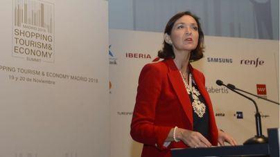 La ministra Maroto acepta negociar las rebajas con comerciantes y comunidades autónomas