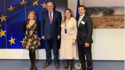 Company pide en Bruselas ayudas y planes especiales para el transporte y la agricultura balear