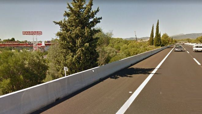 Tres heridas graves y dos heridos leves en un accidente en la autopista de Palma-Sa Pobla