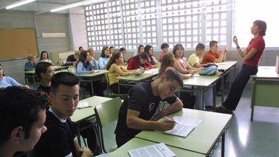 La OCB rechaza la 'nueva campaña de linchamiento' de Ciudadanos contra la comunidad educativa