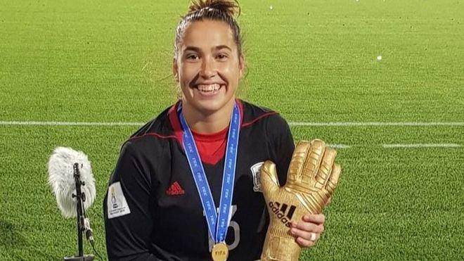 Las Selección de Fútbol Femenino Sub'17 de Cata Coll gana el mundial