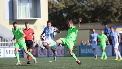 El Baleares vence 2-1 al Levante en Son Malferit