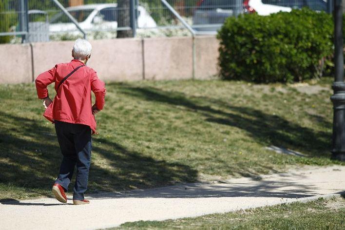 La OCDE recomienda limitar el cobro de las pensiones de viudedad