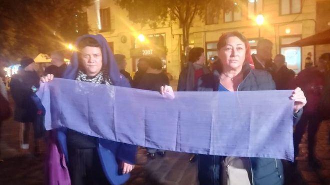 """50 personas se manifiestan contra La Manada y la """"Justicia patriarcal"""""""