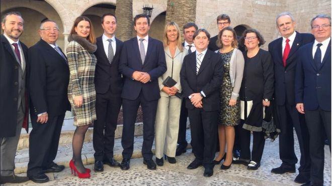 """El PP critica el """"postureo"""" y el """"uso partidista"""" de la Constitución por parte de Armengol"""