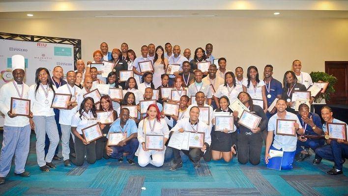 Cinco hoteleras mallorquinas forman a jóvenes dominicanos